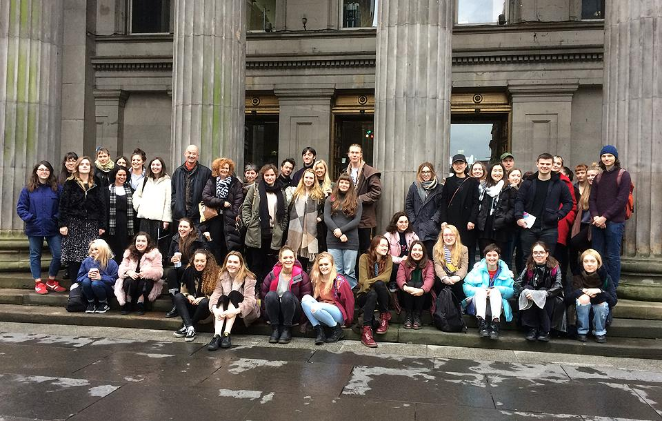 The group of over 60 art students on the steps of Glasgow's Gallery of Modern Art