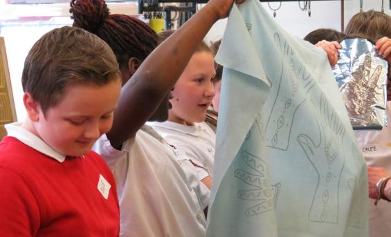 Pupils in the textiles workshop